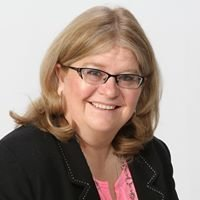 Laura Gomoll Realtor Auctioneer