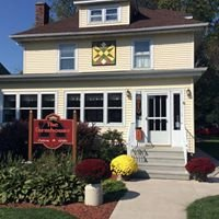 The Farmhouse Eatery and Gifts