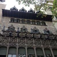 Palau Baro De Quadras