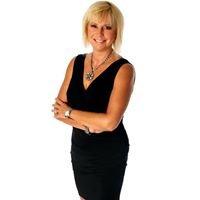 Karen Anderson, Luxury & Waterfront Property Specialist