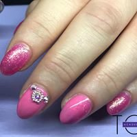 Nails and Beauty by Faye