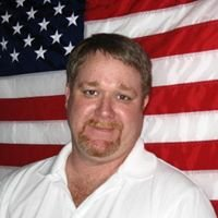 Chris Pyron-United Country River City Realty