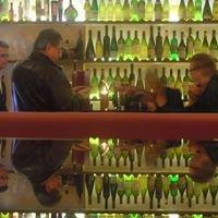 Weinbar Tomel