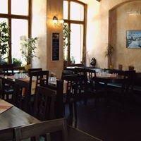 cafe ANNA restaurant