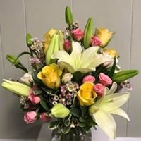 Flower & Gift Basket