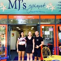 MJ's - Fish&Chips on the Esplanade at Mudjimba, Sunshine Coast, Qld