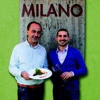 Der Katzlmacher im Milano