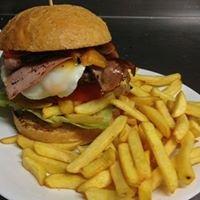 Iani Cafe' & Iani Burger Bar