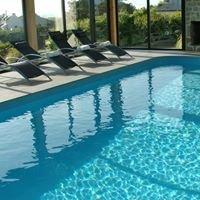 Locations de vacances avec piscine intérieure & vue mer en Bretagne