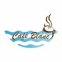 Cafe' Blanc Beach Bar