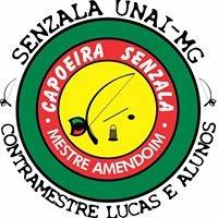 Academia Capoeira Senzala - Unaí MG. Contramestre Lucas e alunos.
