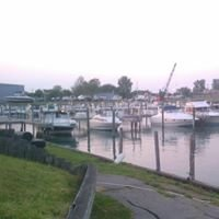 Harbor Hill Marina