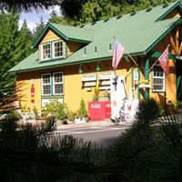 The Cabins Creekside at Welches