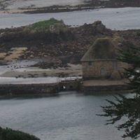Location saisonnière sur l'île de Bréhat .