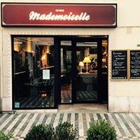 Chez Mademoiselle