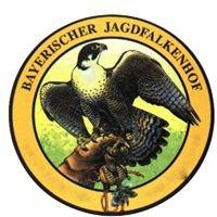 Bayerischer Jagdfalkenhof im Wildpark Tambach