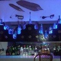 Supreme Bar & Grill