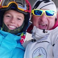 Flying Wolves Lupi Volanti Cervinia Snowboard & Ski club ASD