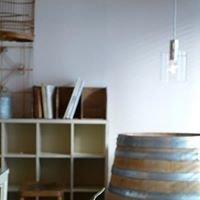 日用品&ワイン喫茶 Kirin Store