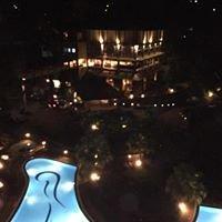 Earl's Regency Hotel