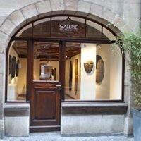 Galerie Yolenn WHITE