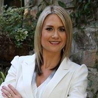 Danielle Hardcastle, Realtor - PMZ Real Estate #01456837