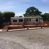 Longfield Stables Caravan and Camping Site