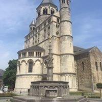 Grand-place de Nivelles