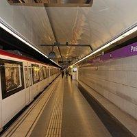 Línea 2 del Metro de Barcelona