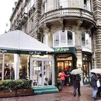 Cafe Broglie