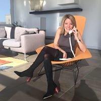 Mies van der Rohe Condos Chicago + Broker Caroline Moellering atproperties