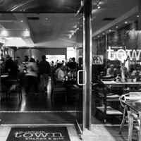 Town Kitchen & Grill