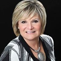 Debbie Pearce, Salesperson, Re/Max at Blue Realty, Inc. Brokerage