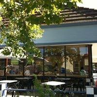 La Bou Bakery & Cafe Corner