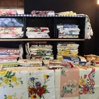 Vintage Tablecloths by Judy: Mid-Century