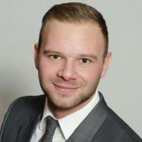Jordan Greenough Sales Representative RE / MAX Niagara Realty Ltd.