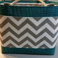 Perfectly Purses and Bags by Lisa Van Gilst