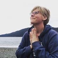 Jessica Bennett, Intuitive Healer