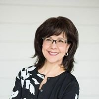 Nicole Gregory, Broker Associate at The Denver 100
