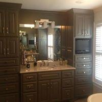 Kerr's Cabinets & Doors