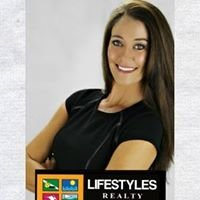 Stacy Visconti at Lifestyles Realty Web