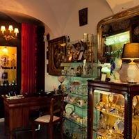 Antika Ritter, starinarnica in galerija