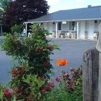 Boathouse Country Inn & Restaurant