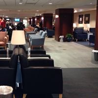 United Airlines Red Carpet Club: PHX