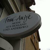 Frau Antje Mode aus Holland und anderswo