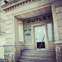 Outlet Hilton