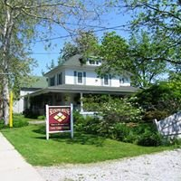 Seasons House Bed and Breakfast