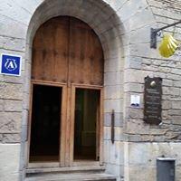 """Albergue Municipal Del Camino De Santiago """"Jesus y Maria"""" De Pamplona"""