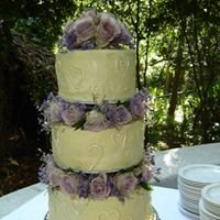 Cakes by Marianne