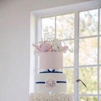 Avril's Den Cakes